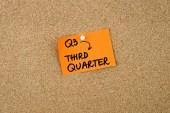 Q3 třetí čtvrtletí na oranžový papír poznámky