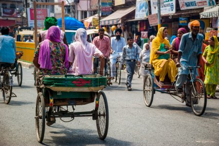 Traffic in the streetsof Amritsar, india