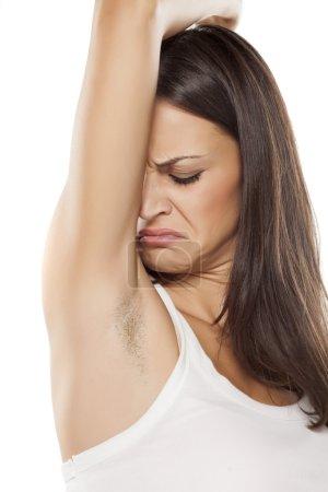bad armpit smell