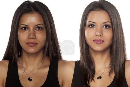 Photo pour Comparaison portrait d'une belle femme exotique sans et avec maquillage - image libre de droit