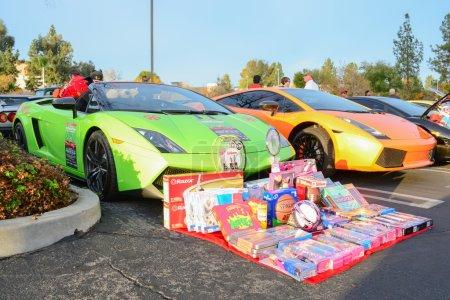 Lamborghini Gallardo with gifts on