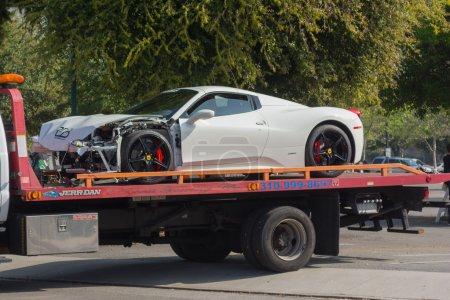 Ferrari 458 broken on tow
