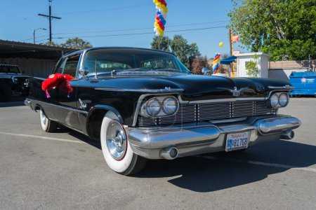 Chrysler Imperial Crown Southampton on