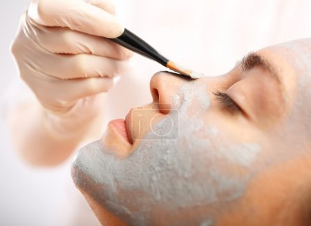Green clay, natural cosmetics, cleansing and toning the skin.