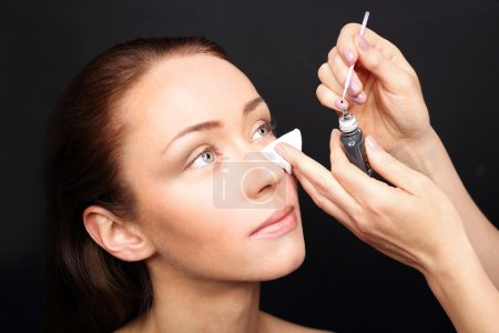 Concentration and eyelash extensions salon