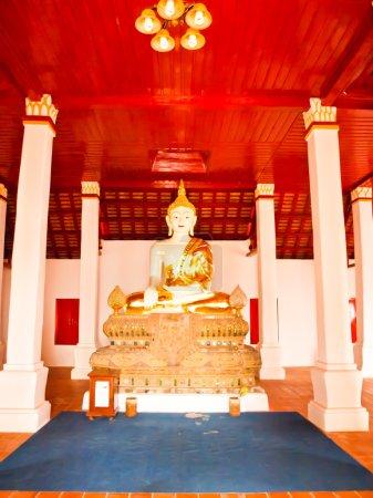 Buddha image in the interior of wat Phra that kao noi, Nan Thail