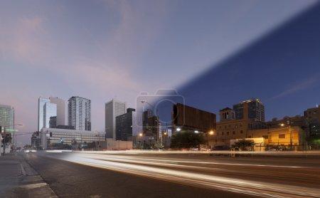 Photo pour Transition de coucher du soleil et crépuscule Phoenix Skyline - image libre de droit