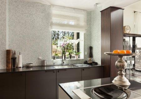 Photo pour Architecture, maison moderne, beaux intérieurs, cuisine - image libre de droit