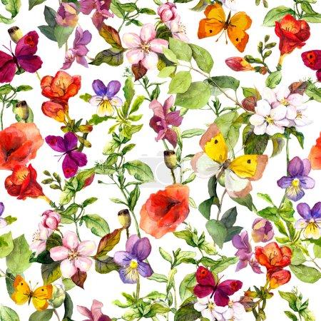 Photo pour Fleurs des prés, herbes sauvages et papillons. Motif floral répétitif pour le design de mode. Aquarelle vintage - image libre de droit