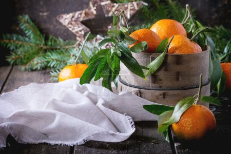 Tangerines (clementines) in Christmas decor