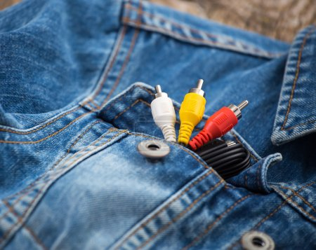 Cable in jeans pocket