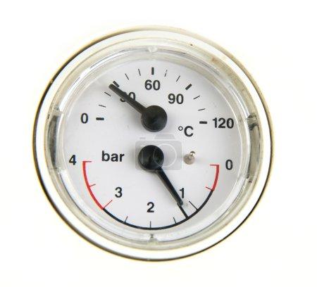 A pressure meter gauge
