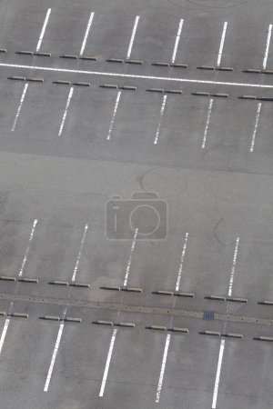 Photo pour Parking extérieur arrière-plan - image libre de droit