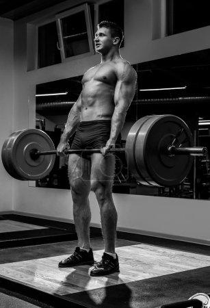 Strong man doing dead-lift