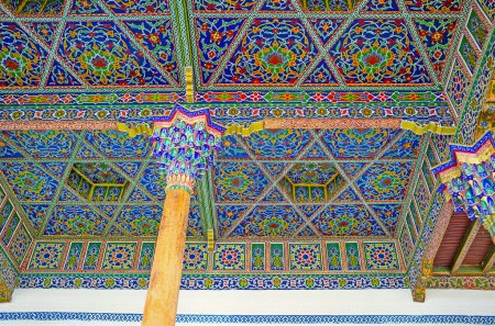 The decors of Jami Mosque's Iwan