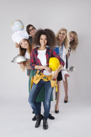 Photo pour Des femmes aux métiers différents. Différentes professions des jeunes femmes - image libre de droit