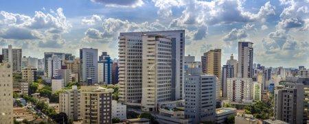 Foto de Vista panorámica de Belo Horizonte, la capital del estado de Minas Gerais, Brasil . - Imagen libre de derechos