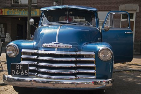 Blue car from the usa -