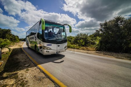 Shuttle bus for Tourists in Cuba