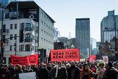 Protestující převezme kontrolu nad ulicemi
