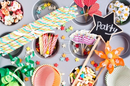 Foto de Party time preparation items - Imagen libre de derechos