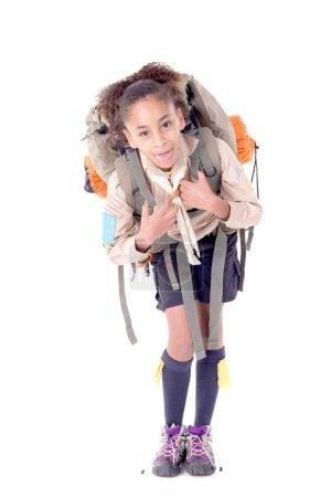 Photo pour Little girl scout isolé en blanc - image libre de droit