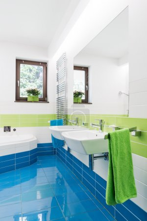 Colorful bathroom adding energy to every morning