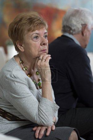 Photo pour Femme réfléchie après avoir eu une dispute avec son mari - image libre de droit