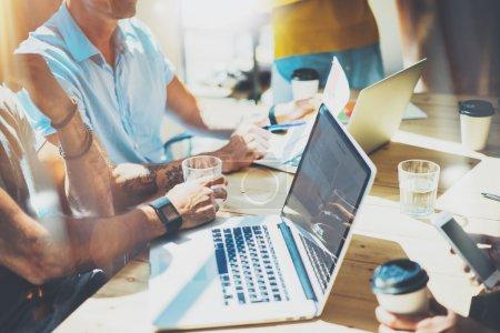 People Work Online