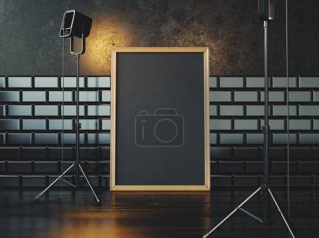 Photo pour Cadre blanc noir sur le mur de béton et plancher sur le fond - image libre de droit