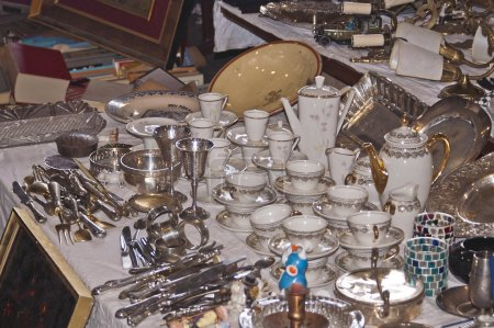 China and other objects in a flea market in Barcelona
