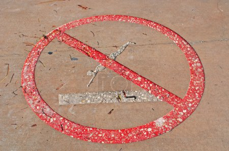 Ban dips, signal, prohibition, interdiction, Higgs beach pier, sea, Key West, Keys, Cayo Hueso, Monroe County, island, Florida