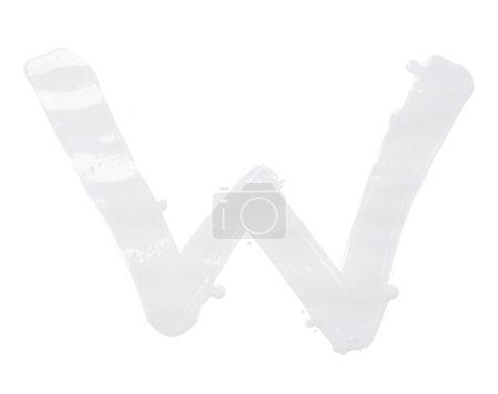 Photo pour Lettre W caractère dessiné à la main avec les coups de pinceau à l'huile, isolé sur le fond blanc - image libre de droit