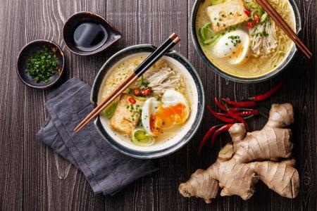 Fideos asiáticos Miso ramen