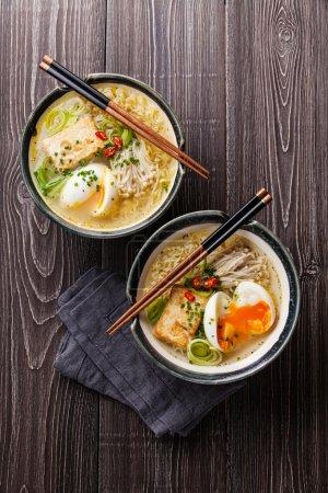 Asiatische Miso-Ramen-Nudeln