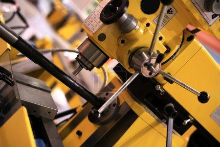 Photo pour Industrial equipment and construction tools at the factory - image libre de droit