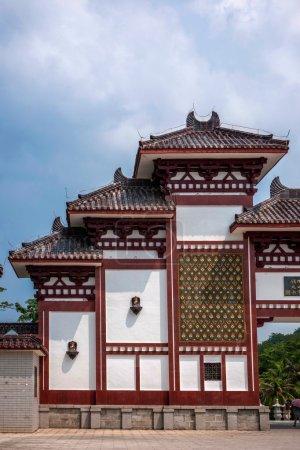 Sanya Nanshan Buddhism only way