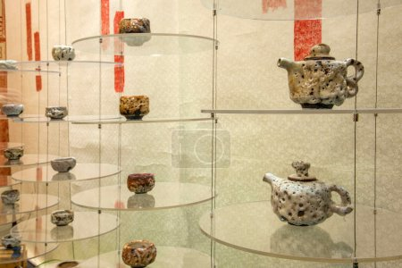 "Tea Expo show ""Not kilns"" porcelain"