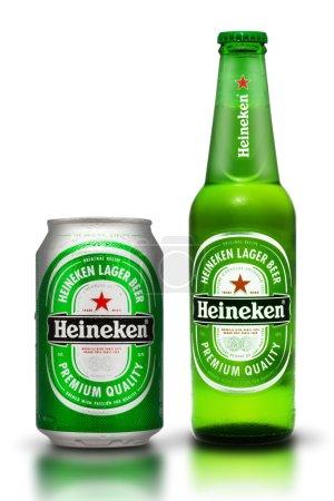 Photo pour Thaïlande, bangkok - le 3 juillet, heineken bière est le produit phare de heineken international qui possède plus de 125 brasseries dans plus de 70 pays - image libre de droit