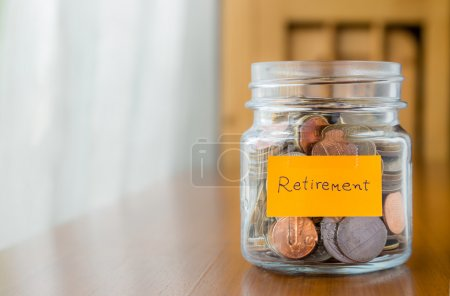 Financial plan to save retirement money