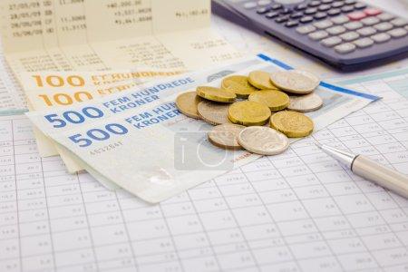 Photo pour Monnaie et billets du Danemark, sauver la notion de compte et de l'argent - image libre de droit