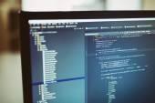 Backend sourcecodes na monitoru počítače