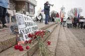 Smuteční kytice na rally věnuje Boris Nemtsov vraždy, Voronezh, Rusko