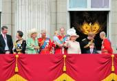 QUEEN ELIZABETH & ROYAL FAMILY, BUCKINGHAM PALACE, BUCKINGHAM PALACE, LONDON - Trooping of the colour Balcony 2015- Queen Elizabeth, William, Kate and George