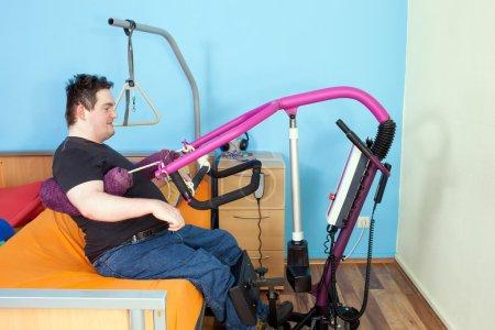 Man using patient lift