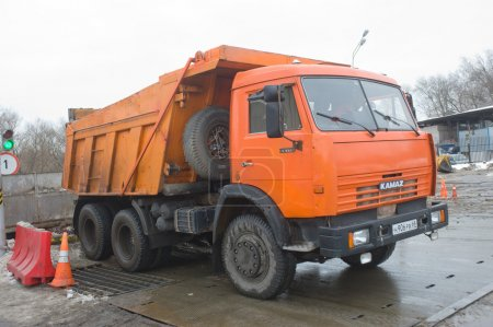 Самосвал КАМАЗ 65115 о