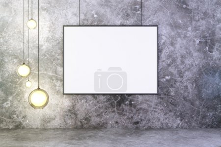 Blank picture frame with lightbulbs