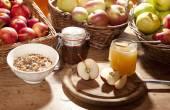 Zdravá snídaně s jablky