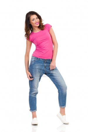 Woman In Saggy Pants