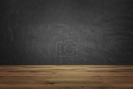 Photo pour Sol en bois brun, mur noir. Vue de face. Concept de contexte. rendu 3D . - image libre de droit
